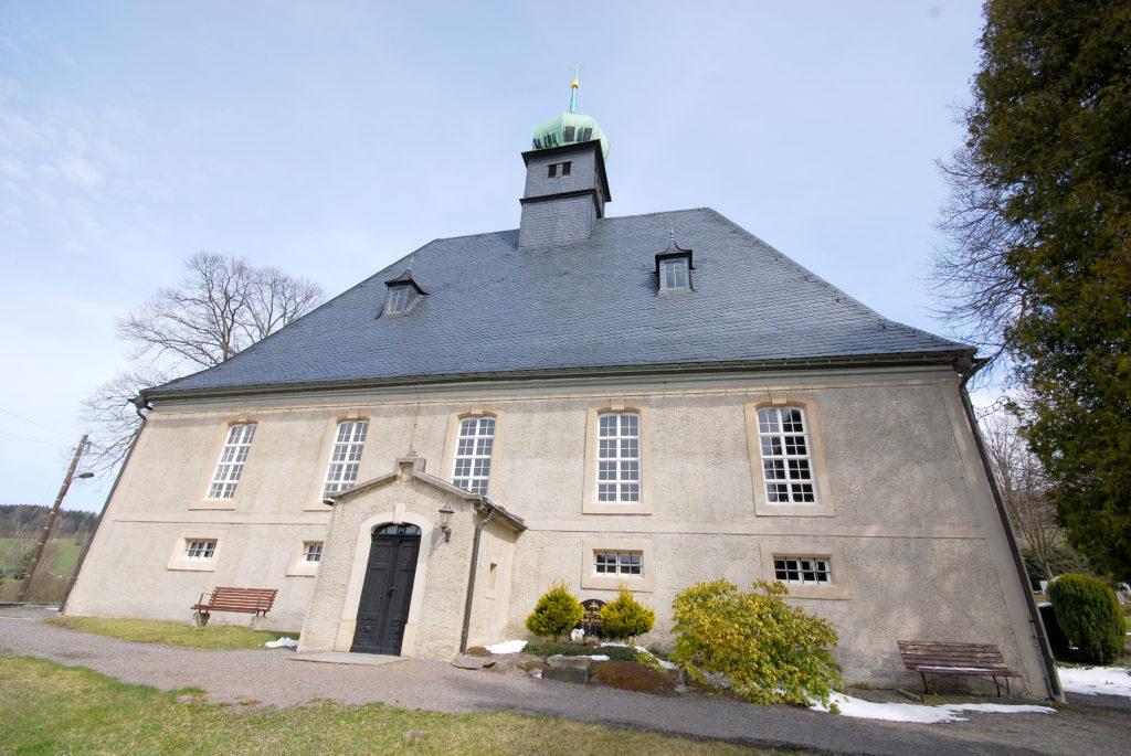 Kirche Oberneuschönberg - Außenansicht