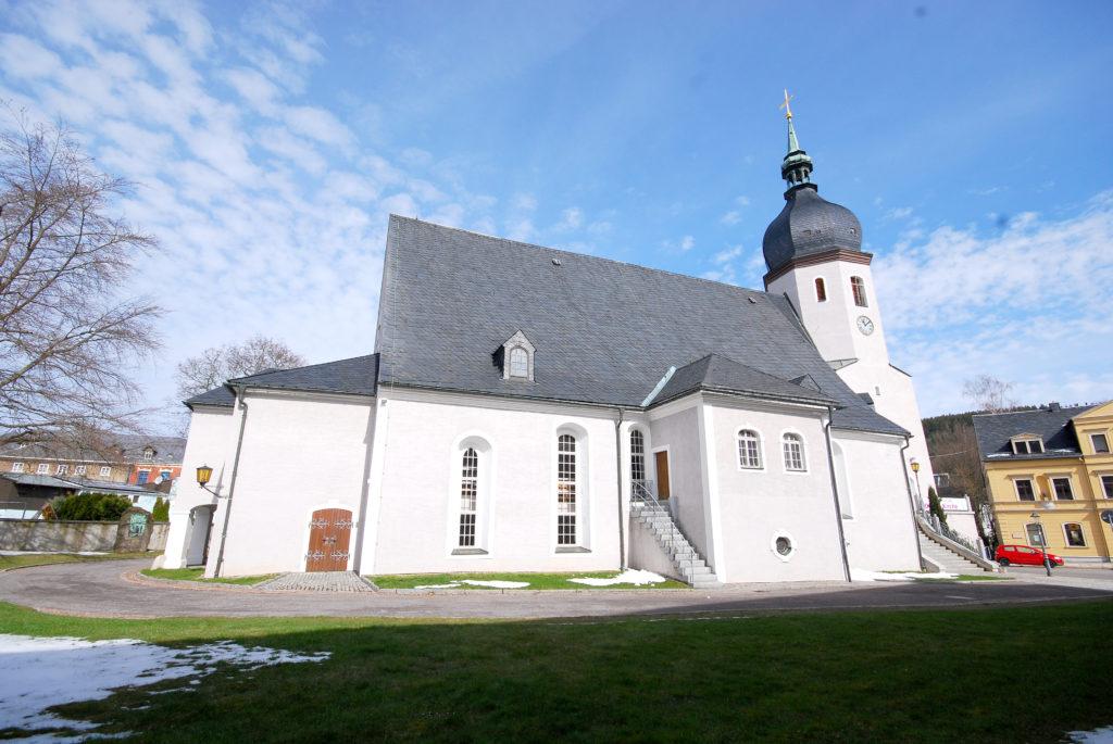 Kirche Olbernhau Außenansicht - linke Seite