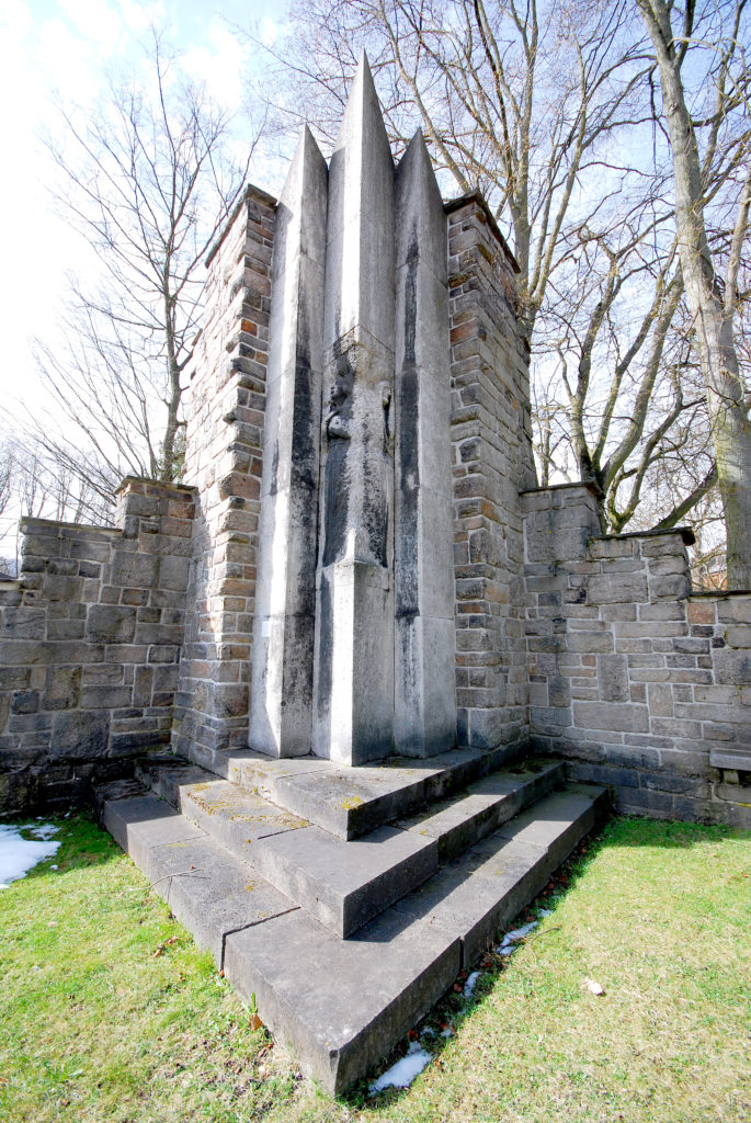Kirche Olbernhau - Kriegerdenkmal 2. Weltkrieg