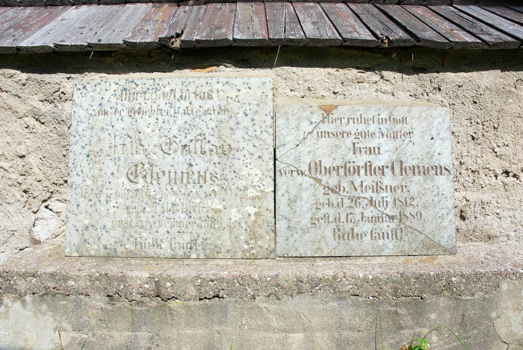 Kirche Pfaffroda - Grabplatten Oberförster Clemens