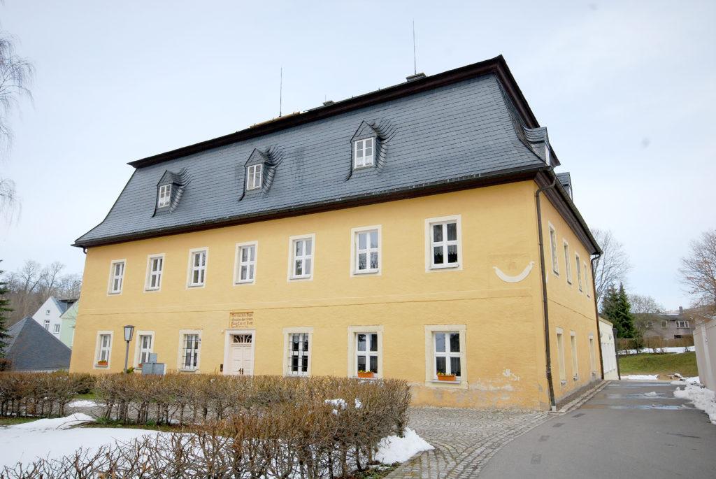 Pfarrhaus Neuhausen - Außenansicht